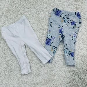 Two baby leggings with ruffles